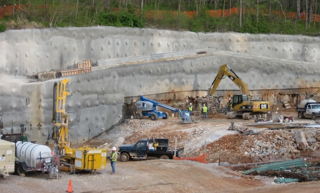 Applications Of Soil Nail Walls Civilengineeringbible Com